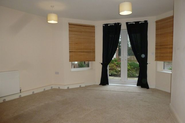 Thumbnail Town house to rent in Laburnum Way, Grovehill Road, Beverley