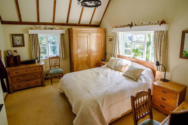 Bed 1 of Bryne Lane, Padbury, Buckingham, Buckinghamshire MK18