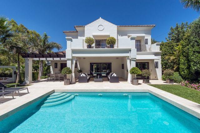 3 bed villa for sale in Spain, Málaga, Benahavís