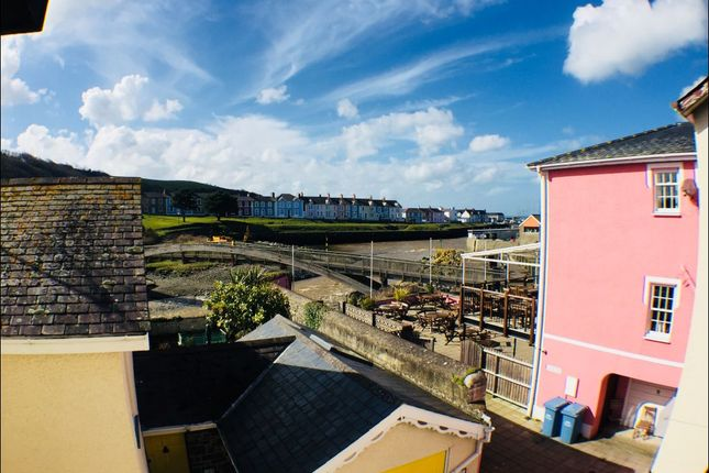 Thumbnail Flat to rent in Market Street, Aberaeron