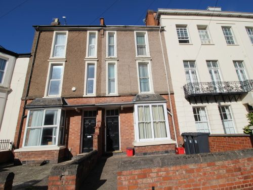 Thumbnail Terraced house to rent in Charlotte Street, Leamington Spa