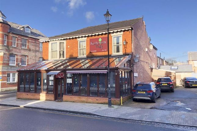 Thumbnail Restaurant/cafe for sale in Shaw Road, Heaton Moor, Stockport