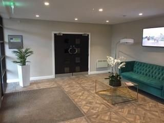 Thumbnail Flat to rent in Macclesfield Road, Wilmslow