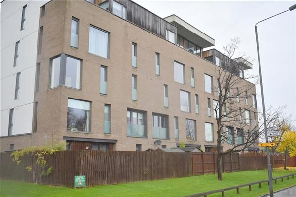 Thumbnail Flat to rent in Lochview Gate, Glasgow