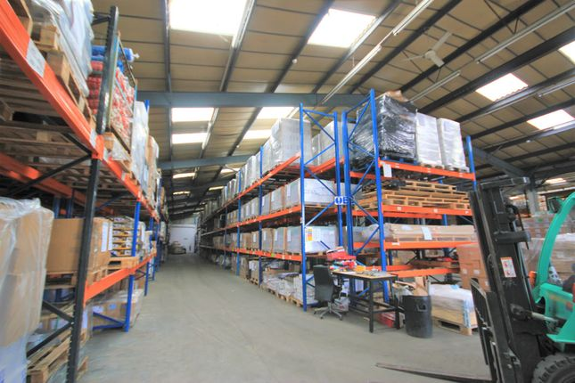 Thumbnail Warehouse to let in Henwood Industrial Estate, Ashford