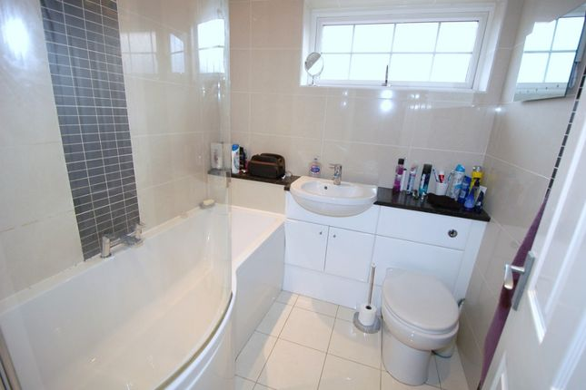 Family Bathroom of Yaverland Drive, Bagshot GU19