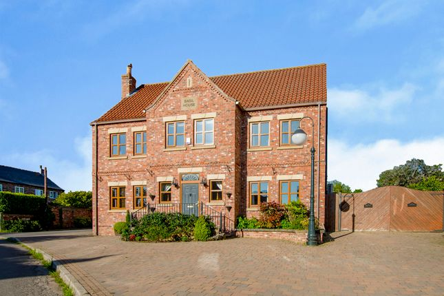 Thumbnail Detached house for sale in Low Lane, Braithwaite, Doncaster