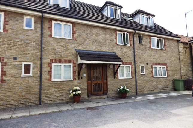 Thumbnail Flat to rent in West Way, Cirencester