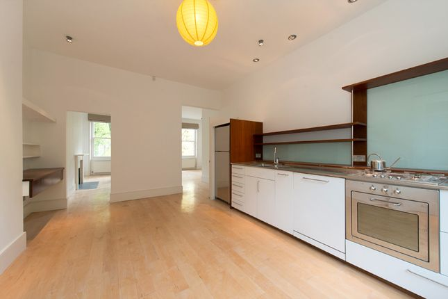 Thumbnail Triplex to rent in South Hill Park, Hampstead, London