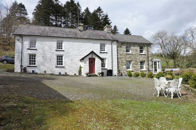 Thumbnail Property for sale in Ffarmers, Llanwrda