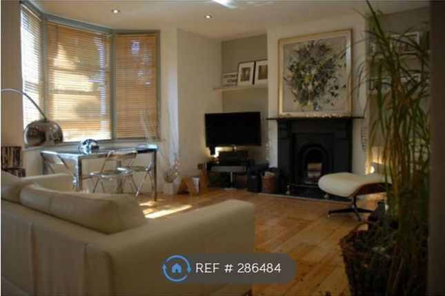 Thumbnail Flat to rent in Camberwell, London