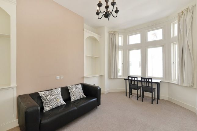 Thumbnail Flat to rent in Whittingstall Road, Fulham