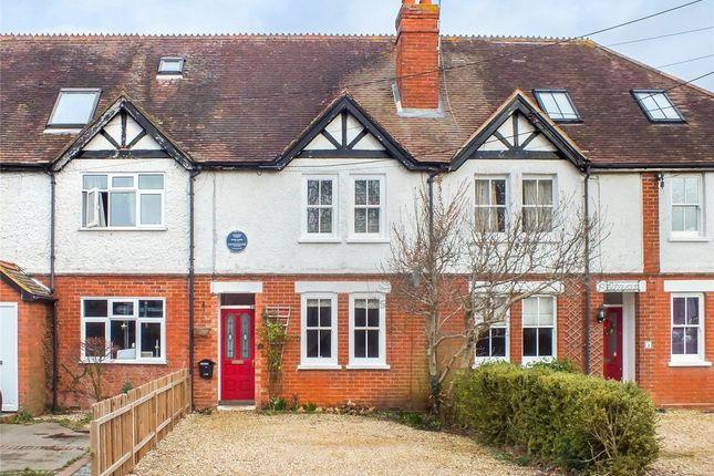 Thumbnail Cottage to rent in The Street, Crookham Village, Fleet