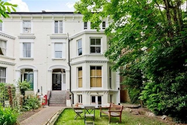 Thumbnail Flat to rent in South Bank Terrace, Surbiton
