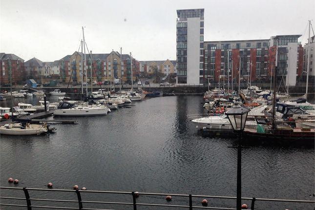 2 bedroom flat to rent in Penryce Court, Victoria Quay, Swansea, Swansea.