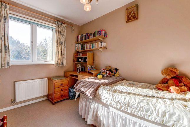 Bedroom 3 of Elmhurst Close, Hunt End, Redditch B97