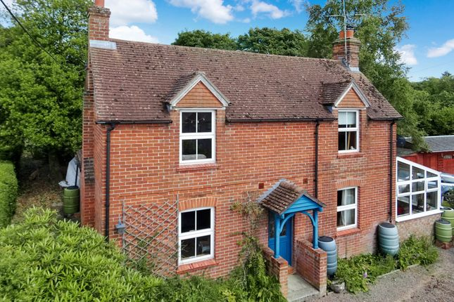 3 bed cottage for sale in Gladstone Lane, Cold Ash, Thatcham