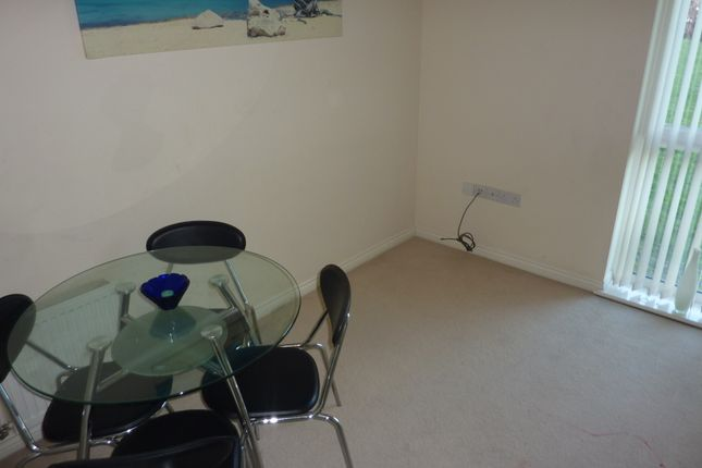 Dining Area of Thackhall Street, Stoke, Coventry CV2