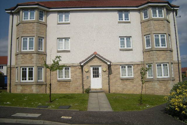Thumbnail Flat to rent in Marjorys Avenue, Kirkcaldy, Fife