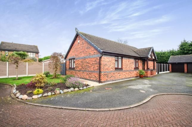 Thumbnail Bungalow for sale in Acorn Close, Winsford, Cheshire