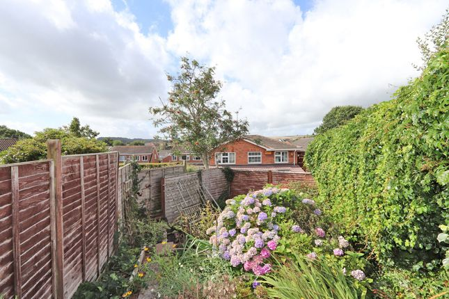 Garden of Tiverton Road, Cullompton EX15