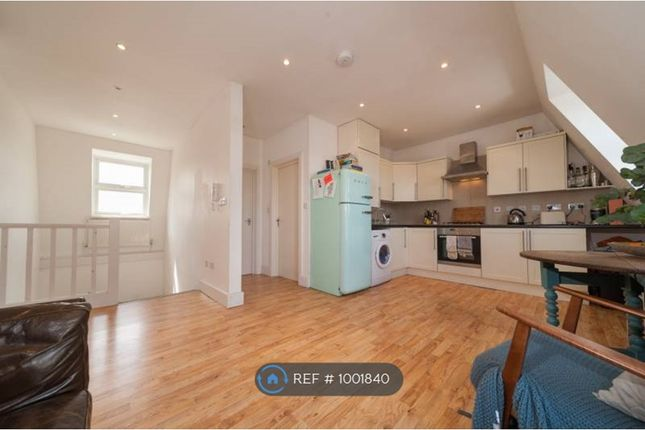 Thumbnail Flat to rent in Brixton, London