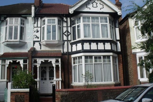 Thumbnail Flat to rent in Fordhook Avenue, London