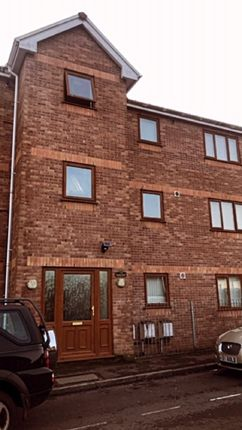 Thumbnail Flat to rent in Queens Road, Skewen, Neath, Neath Port Talbot.