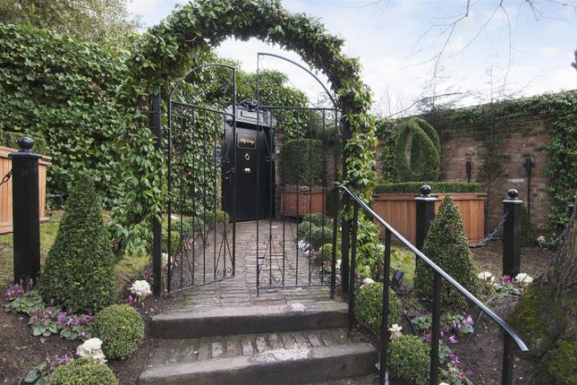 Thumbnail Property to rent in Lower Terrace, Hampstead Village, London