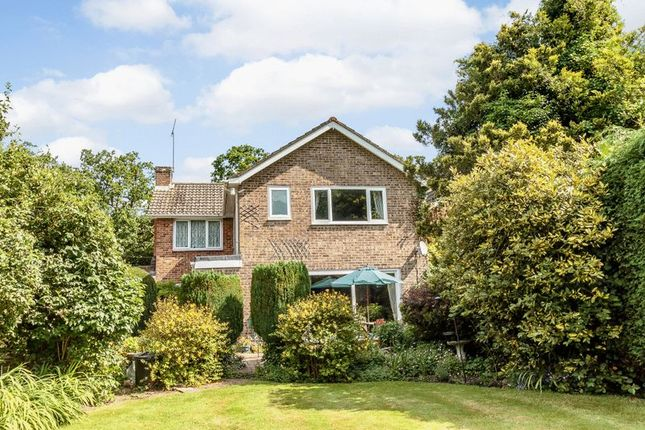 5 bed detached house for sale in North Baddesley, Southampton