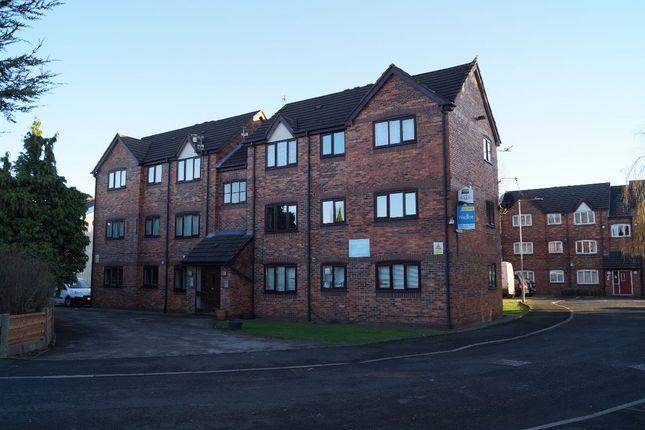 Thumbnail Flat to rent in Woodnewton Close, Gorton