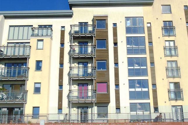 Thumbnail Flat for sale in St Margarets Court, Marina, Swansea