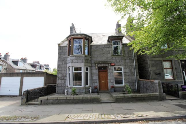 Thumbnail Flat for sale in Hilton Street, Aberdeen