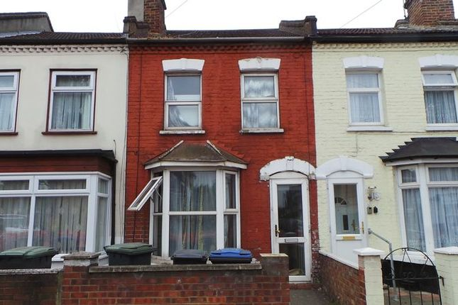 Thumbnail Terraced house for sale in Bounces Road, Edmonton