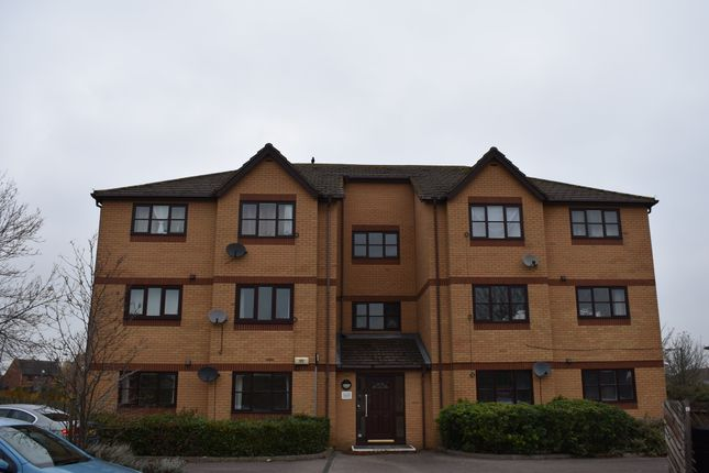 Thumbnail Flat to rent in Wimborne Crescent, Westcroft, Milton Keynes