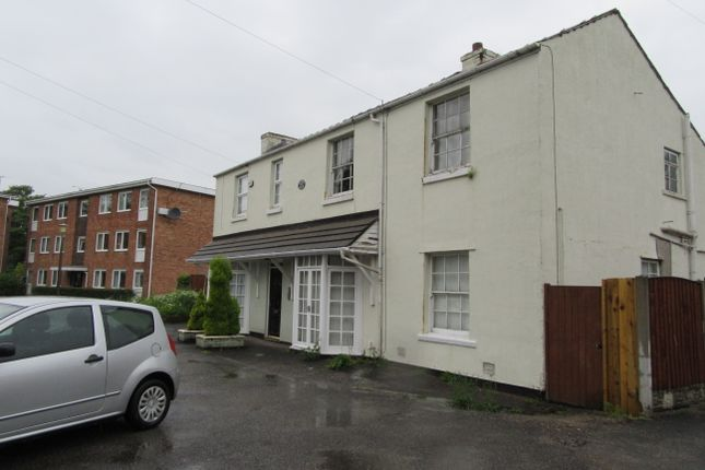 Thumbnail Flat to rent in Warrington Road, Rainhill