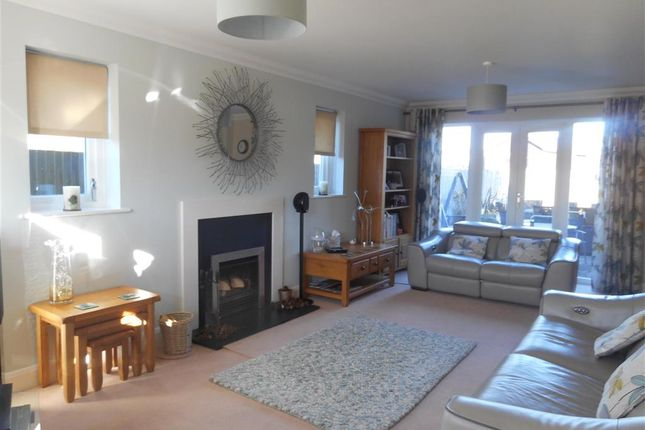 Thumbnail Detached house for sale in Pleasant Valley Lane, East Farleigh, Maidstone, Kent