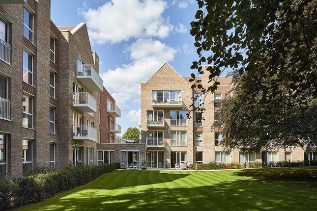 2 bed flat for sale in Alderley Road, Wilmslow SK9