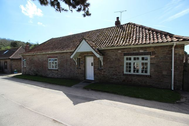 Thumbnail Bungalow to rent in Castle Road, Clevedon