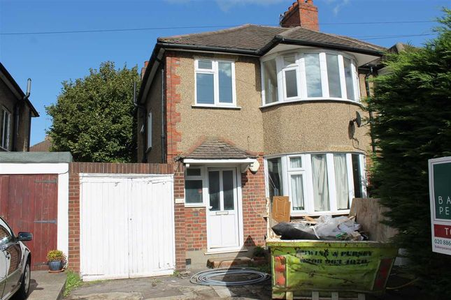 Main Picture of Village Way, Pinner HA5