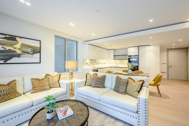 Thumbnail Flat to rent in Garrett Mansions, West End Gate