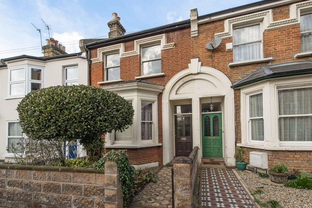 3 bed property for sale in Graham Road, London
