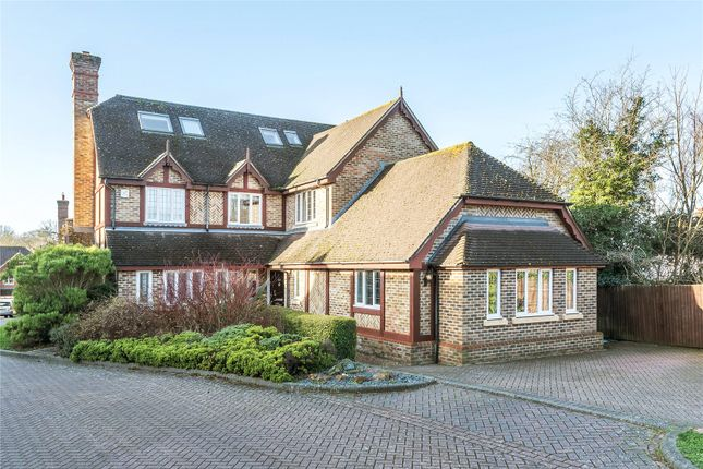 Thumbnail Detached house for sale in Avonstowe Close, Orpington, Kent