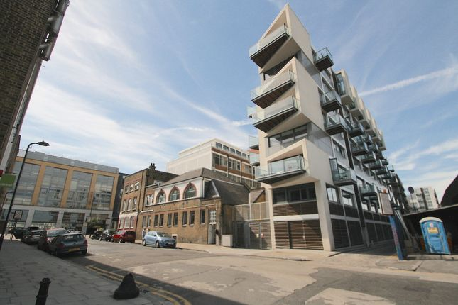 Thumbnail Flat to rent in Kingsland Road, Hackney