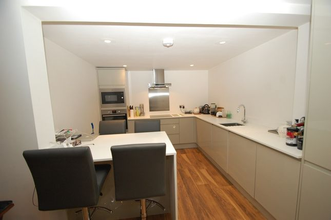 Flat to rent in Bond House, Deanway, Chalfont St. Giles