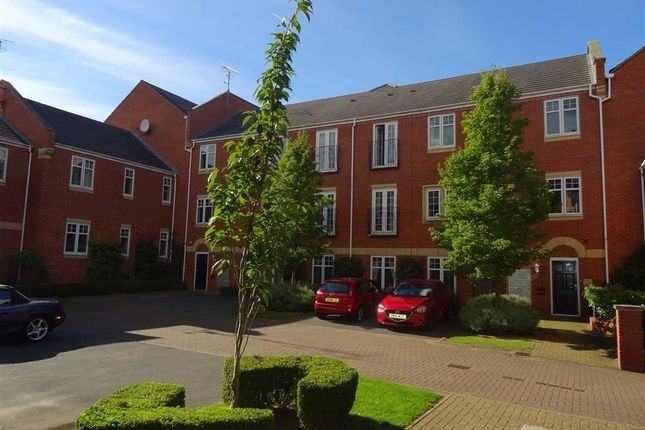 Thumbnail Flat for sale in King Edwards Court, Hatton Park, Warwick