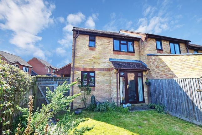 Thumbnail Terraced house for sale in Linnet Green, Ridgewood, Uckfield