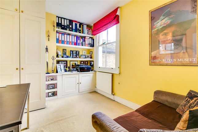 Bedroom of Burnfoot Avenue, London SW6
