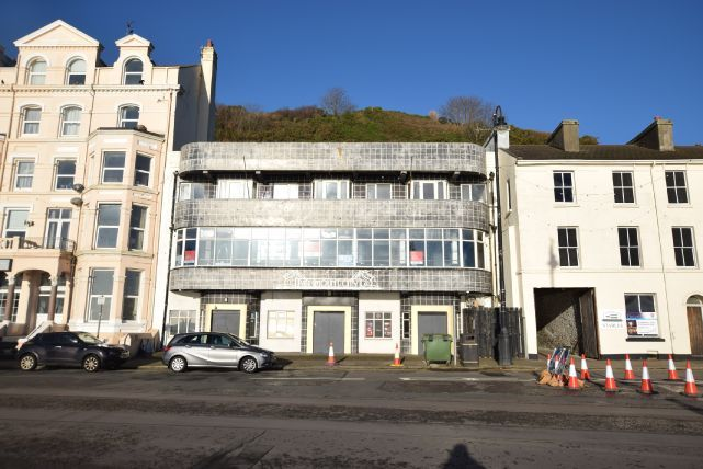 Thumbnail Pub/bar for sale in Queens Promenade, Douglas, Isle Of Man