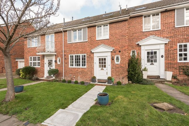 Thumbnail Terraced house to rent in Prae Close, St.Albans